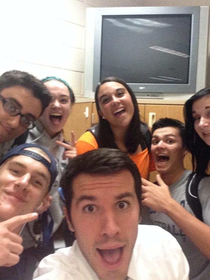Mr.+Benedict+takes+a+selfie+with+his+12th+grade+students%21