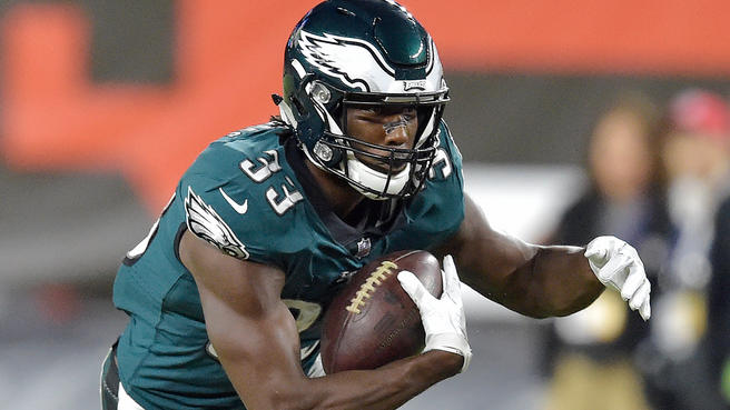 Former+CB+South+Titan+Josh+Adams+makes+NFL+Debut+in+Eagles%27+Win